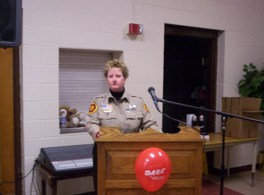 Deputy Zondlo addresses the 2008 graduating class